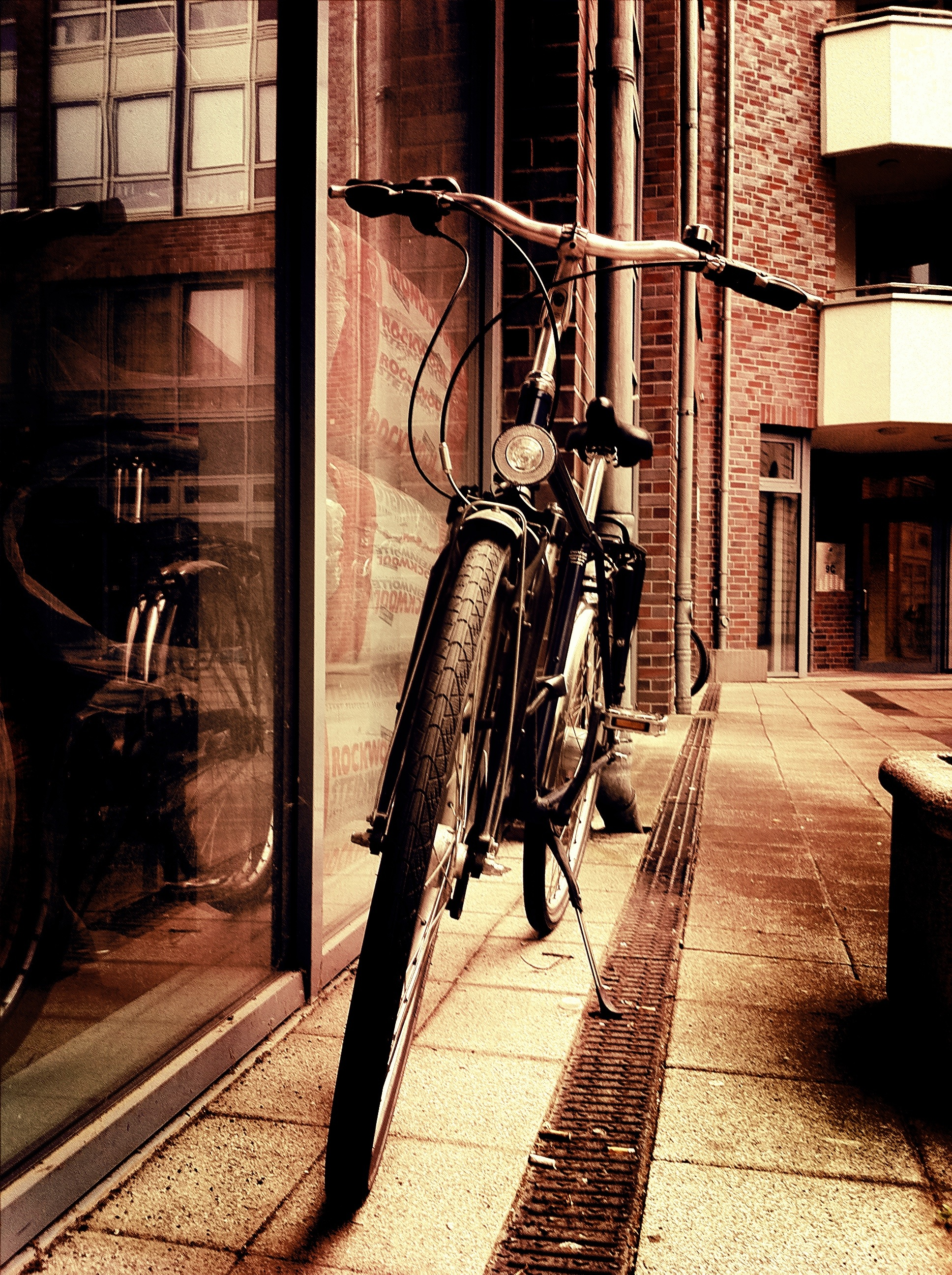 A photograph of one of many bicycles in Berlin.